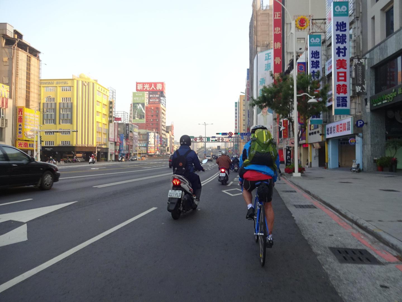 台湾自転車旅行での360度動画