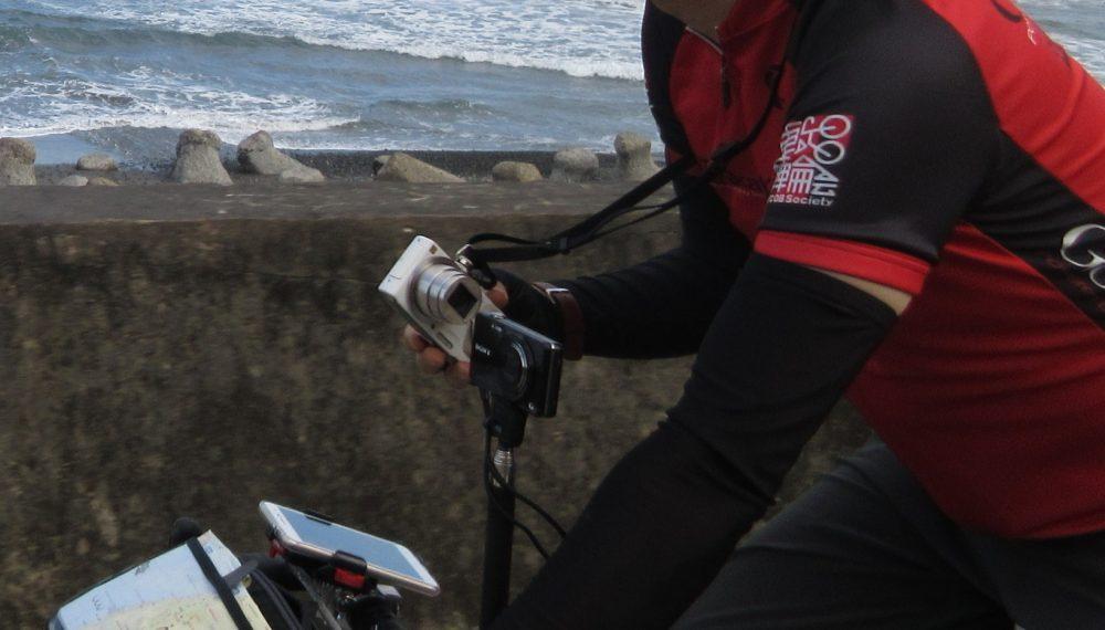 自転車走行時の簡単取り出しカメラ撮影術その2