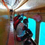 墾丁から約10kmの紅柴坑漁港は面白いベンチと海底を見学できる船に乗れる隠れた観光スポットでした。