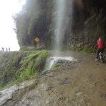 ラパス近郊、ユンガスの道をマウンテンバイクで下るデスロードツアー 南米旅 7日目その3
