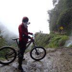 ラパス近郊、ユンガスの道をマウンテンバイクで下るデスロードツアー 南米旅 7日目その2