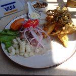 初南米でウユニ塩湖とレインボーマウンテン、デスロードに行く旅で食べた物その1