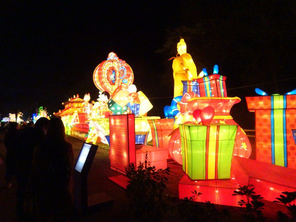 台中市郊外で開催されたランタンフェスティバルへ