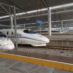 デカいホーム、西安北駅から崋山北駅まで新幹線で移動